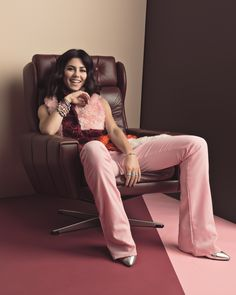 Marina from Marina and the Diamonds in retro pink outfit and lots of colorful PANDORA bracelets. #PANDORAmagazine