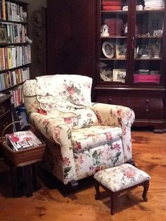 1000 images about rocking chairs on pinterest rocking chairs rockers and victorian rocking. Black Bedroom Furniture Sets. Home Design Ideas
