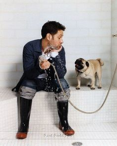Paul Rudd AND a Pug? And it's not even my birthday!