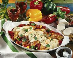 Gratinierte Crespelle mit Mozzarella Rezept   LECKER Tomate Mozzarella, Chicken, Meat, Food, Souffle Dish, Popular Recipes, Food Portions, Food Food, Italy