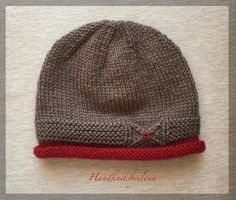 Ravelry: Hat with a Small Bow pattern by Yelena Chen Baby Hat Knitting Pattern, Baby Hats Knitting, Free Knitting, Knitting Patterns, Crochet Patterns, Knit Crochet, Crochet Hats, Knitted Hats Kids, Bow Pattern