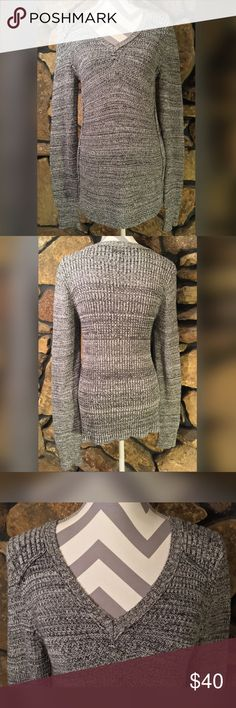 """CALVIN KLEIN JEANS LONG KNIT SWEATER Calvin Klein Jeans Long Knit Sweater Excellent Used Condition Multi-Gray color 100% Cotton Total Length: 30"""" Sleeve Length: 31"""" Women's Size: Large V-Neck, Semi-Fitted #10001 Calvin Klein Jeans Sweaters V-Necks"""