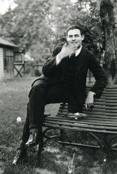 Jazz Age & Thereabouts — intrepidish:   Ernest Hemingway, ca. 1921