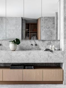 Apr 2020 - Mim Design worked with Koichi Takada Architects on a project for developer CostaFox that encompasses six ultra-luxe waterfront apartments with sightlines to Manly and Cabbage Tree Bay. Stone Bathroom, Bathroom Faucets, Modern Bathroom, Minimal Bathroom, Marble Bathrooms, Luxury Bathrooms, Master Bathrooms, Bathroom Mirrors, Remodel Bathroom