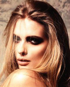 L Officiel Hommes Julia Evening Makeup Milan Vukmirovic Portrait Girl