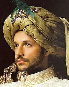 The perfect turban, an integral part of traditional Pakistani clothing. Mens Head Wrap, Indian Men Fashion, Fashion Men, Indian Groom, Indian Man, Pakistani Bridal Dresses, Pakistani Clothing, Mens Kurta Designs, Portrait Photography Men
