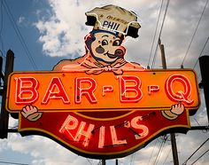 Phil's BAR-B-Q ~ Retro Neon Sign w/Phil the Pig holding up the sign, neat! Old Neon Signs, Vintage Neon Signs, Bbq Signs, Restaurant Signs, Bar B Q, St Louis Mo, Roadside Attractions, Advertising Signs, Neon Lighting