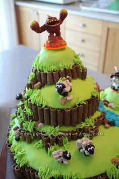 Coolest Skylanders Cake ...This website is the Pinterest of birthday cakes
