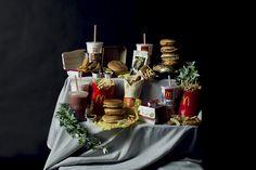 Hilarious photographs recreate Renaissance paintings with junk food by Rebecca Rütten