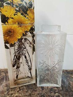 1970's Posy Bowl Glass Flower Shaped
