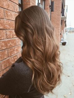 Long Wavy Ash-Brown Balayage - 20 Light Brown Hair Color Ideas for Your New Look - The Trending Hairstyle Ombre Hair, Balayage Hair, Brown Balayage, Honey Balayage, Bayalage, Brunette Hair, Blonde Hair, Long Brunette, Light Brown Hair