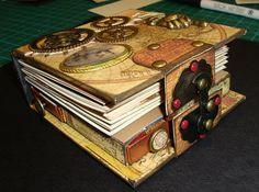 Scrap Happens Here: Little Book of Secrets - Da Vinci