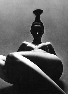 Vogue Paris, 1969Photographer: Guy Bourdin