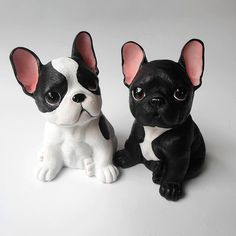 Polymer Clay Figures, Polymer Clay Animals, Cute Polymer Clay, Cute Clay, Polymer Clay Projects, Polymer Clay Creations, Resin Crafts, Small French Bulldog, French Bulldogs