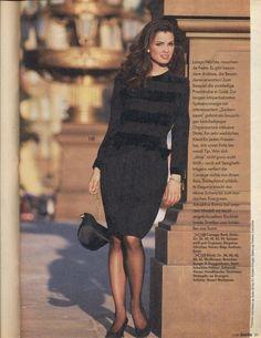80s Fashion, Fashion History, Fashion Art, Vintage Fashion, Womens Fashion, Trophy Wife, Peplum Dress, Classy, Elegant