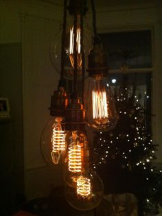 5 drop filament lightbulb centre piece, dimmed to create the most beautiful intimate ambience