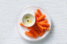 Gezond én lekker is helemaal niet zo ingewikkeld. Kies een groente en maak er deze lekkere dip bij - Recept - Allerhande