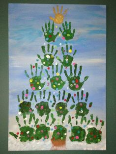 hand print diy christmas deko fenster geschenk You are in the right place about kids christmas canva Handprint Christmas Tree, Christmas Trees For Kids, Christmas Window Decorations, Preschool Christmas, Noel Christmas, Christmas Activities, Winter Christmas, Xmas Tree, Reindeer Handprint