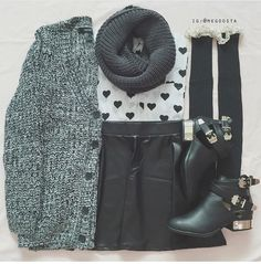 Image via We Heart It #adorable #autumn #beautiful #boots #cardigan #christmas #cozy #cute #fall #fashion #girly #grunge #hair #hippie #hipster #indie #newyear #pretty #sweather #trendy #winter #schoolfashion #winteroutfits #bigcardigan #outfitinspiration #outfitoftheday #ootd #autumnoutfits #falloutfits #outfitoftheday #sweatherweather #cozysweather