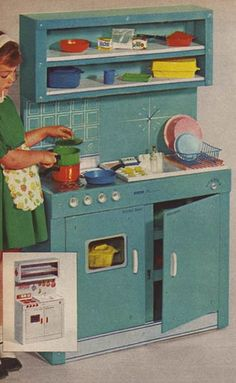 1964 - Toy Kitchen ... oh how I wanted one of these when I was a kid !