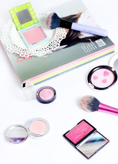 I'm going to make you blush // Five Blushers for Pale Skin