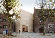 Buda Art Center Kortrijk, Belgium A project by: Architecture Photo: Filip Dujardin Brick Architecture, Architecture Magazines, Contemporary Architecture, Interior Architecture, Brick And Stone, Cultural Center, Built Environment, Images, Photos