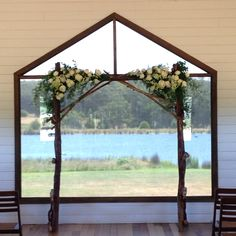 Ceremony space at Sault, Daylesfod || flowers by Gillian Pollard || Melbourne