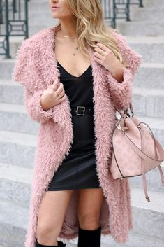 43 Amazing Autumn Outfit Ideas For Women's Fashion Winter Outfits Women, Fall Fashion Outfits, Winter Fashion, Women's Fashion, Fashion Tips, Leather Jacket Outfits, Black Leather Skirts, Snow Outfit, Outfit Winter