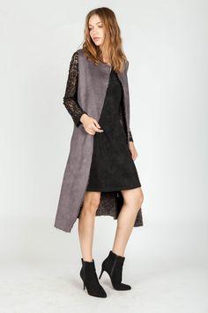 LACE DETAILED DRESS | SLEEVELESS FUR LINED WAIST COAT  | LAYERING LOOK | MIILLA
