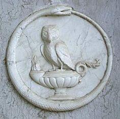 ouroboros / owl   Il Blog di Oroboro La simbologia del serpente L'oroboro Pubblicato il giorno giovedì 4 aprile 2013