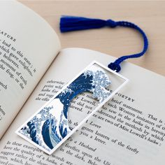 Watercolor Bookmark – Just One More Chapter (orange-yellow) (by Keymarks) Creative Bookmarks, Diy Bookmarks, Corner Bookmarks, Resin Crafts, Resin Art, Bookmark Craft, Bookmark Ideas, Origami Bookmark, Diy And Crafts
