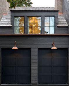 Black House Exterior, House Paint Exterior, Exterior Paint Colors, Exterior House Colors, Interior Exterior, Exterior Design, Garage Exterior, Garage Door Design, Grey Exterior