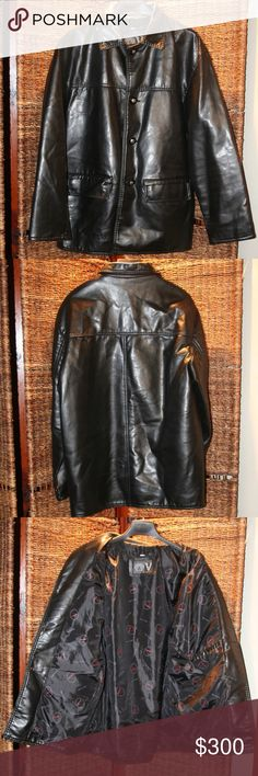 "V Collection Made In Italy Genuine Leather Jacket Like new excellent condition no damage or flaws, button up (4 buttons) 2 pockets on the outside and 1 inside ""V"" Collection made in Italy size medium black genuine leather jacket. As always I'm open to reasonable offers. Thanks for looking. V Collection made in Italy Jackets & Coats"