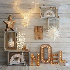 73 Beautiful Examples Of Scandinavian-Style Christmas Decorations Noel Christmas Ornaments Rustic Home Decor Diy Christmas Lights, Scandinavian Christmas Decorations, Classy Christmas, Decorating With Christmas Lights, Christmas Minis, Christmas 2017, Rustic Christmas, Xmas Decorations, Christmas Photos