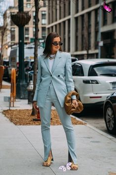 2020 Street Style Trend: Front-Slit Pants | 1000 - Modern 2020 Street Style Trend: Front-Slit Pants | 1000<br> 2020 Street Style Trend: Front-Slit Pants 8 New and Improved Fashion Trends to Try in 2020 | POPSUGAR Fashion New York Fashion Week Street Style, Nyfw Street Style, Street Style Trends, Street Style Summer, New York Street, Autumn Street Style, Street Wear, New Trends, Latest Fashion Trends