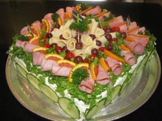 another sandwich cake! Appetizer Buffet, Appetizer Recipes, Appetizers, Sandwhich Cake, Swedish Recipes, Tea Sandwiches, Food Decoration, English Food, Cold Meals