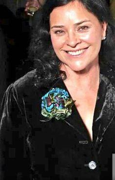 """Happiest of Birthdays to Diana! the supreme word goddess 💐💐💐💐💐 Stanley Weber, Bear Mccreary, Graham Mctavish, Laura Donnelly, Richard Rankin, Sam And Cait, Caitriona Balfe, Diana Gabaldon, Outlander Series"