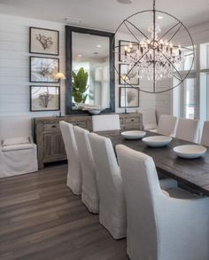 Best Dining Room Wall Decor Ideas 2018 (Modern & Contemporary Pictures) never tire of black and white Farmhouse Dining Room Decor Ideas Dining Room Wall Decor, Decor Room, Dining Room Design, Dining Room With Mirror, Dining Room Sideboard, Dining Room Furniture, Dining Room Decorating, Dinning Room Lights, Formal Dining Rooms