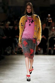 Milano Moda Donna: tendenze Autunno Inverno 2017-2018 - Look Prada