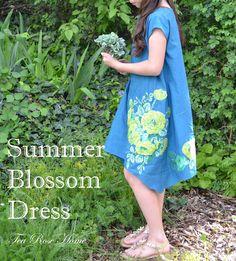 Tea Rose Home: Summer Blossom Dress Tutorial ~ 30 Days of Sundresses Series at Melly Sews