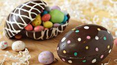 Το Πάσχα πλησιάζει και τα παιδάκια περιμένουν με ανυπομονησία την λαμπάδα τους και το σοκολατενιο πασχαλινο αυγο τους. Μπορείτε να φτιάξετε και μόνοι σας σοκολατενιο πασχαλινο αυγο στο σπίτι πολύ εύκολα και δημιουργικά. Τα υλικά που θα χρειαστείτε: 3 πακέτα σοκολάτα κουβερτούρα ή γάλακτος ότι προτιμάτε 1 κουταλιά της σούπας σπορέλαιο πινέλο σιλικόνης Θήκες σιλικόνης …
