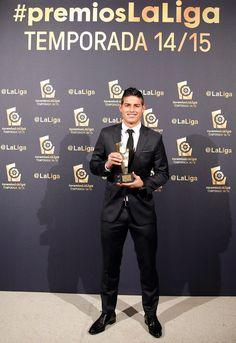 Un trofeo más p James, mejor centrocampista de la Liga Española 30.11.15