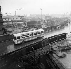 Metro slaví 40 let. Podívejte se na unikátní fotografie! Prague, Train, Let It Be, Stav, Ulice, Retro, Historia, Nostalgia, Retro Illustration