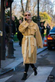 STYLE DU MONDE / Paris Fashion Week Fall 2017 Street Style: Suzanne Koller  #Fashion, #FashionBlog, #FashionBlogger, #Ootd, #OutfitOfTheDay, #StreetStyle, #Style