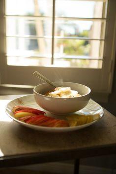 The Three Bears Superfood Porridge — Oh She Glows // Oatmeal Vegan Breakfast Recipes, Brunch Recipes, Baby Food Recipes, Vegan Recipes, Healthy Breakfasts, Vegan Food, Eating Vegan, Breakfast Options, Family Recipes