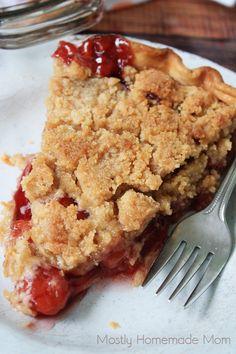 Cherry Crumb Pie crumb topping for cherry pie Cherry Desserts, Cherry Recipes, Pie Recipes, Just Desserts, Delicious Desserts, Snack Recipes, Dessert Recipes, Cherry Pie Crumble, Pie Crumble Topping