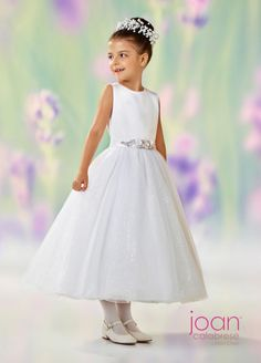 First Communion dresses in the Joan Calabrese Collection by Mon Cheri are available in ball gown, fit and flare, or A-line dress styles. Featuring traditional white dresses with sleeveless or short-sleeved options. Designer First Communion Dresses, Girls First Communion Dresses, Girls Designer Dresses, White Flower Girl Dresses, Little Girl Dresses, Flower Girls, Baby Dresses, Girls Dresses, Tea Length Dresses