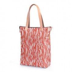 Eastpak Soukie Red Flames Shoulder Bag http://www.styledit.com/shop/eastpak-soukie-red-flames-shoulder-bag/