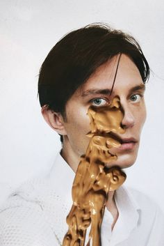 beatawilczek:  I did this with Gosia Turczynska for VICE and the title is Body Fluid Spills http://www.vice.com/pl/read/body-fluid-spills