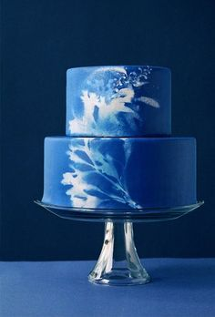 painted cake, blue photo print